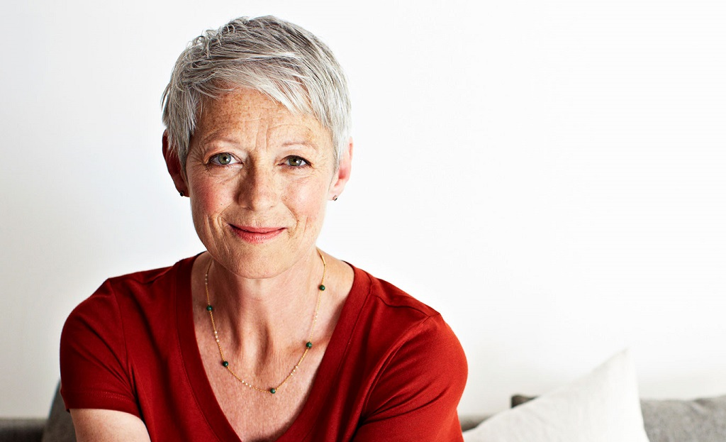 optimal hairstyles that are good to go with even women in their 60s